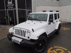 Jeep Wrangler Unlimited Sahara-Unlimited 2013
